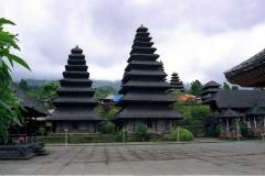 Besakih - Bali - Indonesia - 1993 - Foto: Ole Holbech